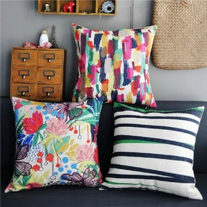 Как правильно выбрать подходящую подушку на диван