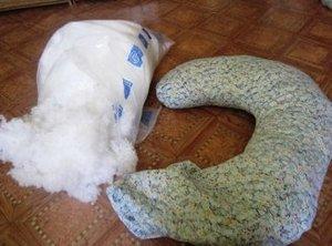 Как самостоятельно смастерить подушку для кормления?