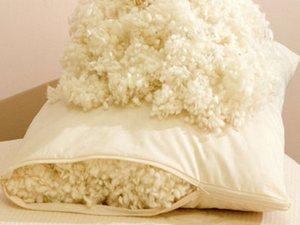 Подушки с наполнителем из шерсти