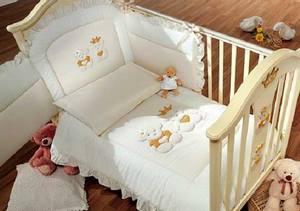 Постельное белье для кроватки новорожденного