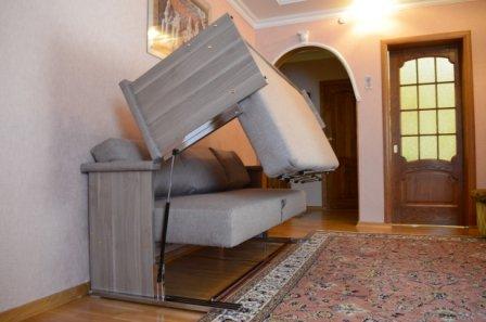 Вертикальный диван-трансформер