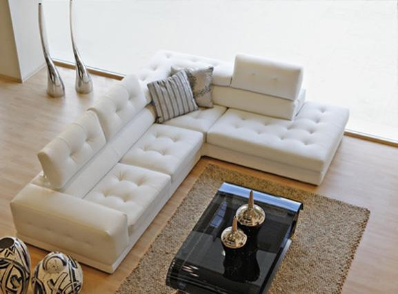 Дизайн и конструкция дивана в гостинной