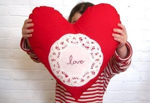 Шьем подушку на День Святого Валентина