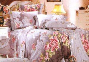 Вышивка как декоративный элемент спальных комплектов