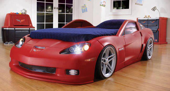Детская кровать-машинка корветт